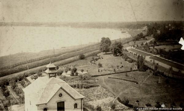 1887-0 west from wilson pk rd darkpics tpl_tn