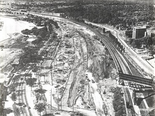 1957 The Lake Shore (Gardiner) Expressway under construction looking west at Sunnyside in 1957._tn