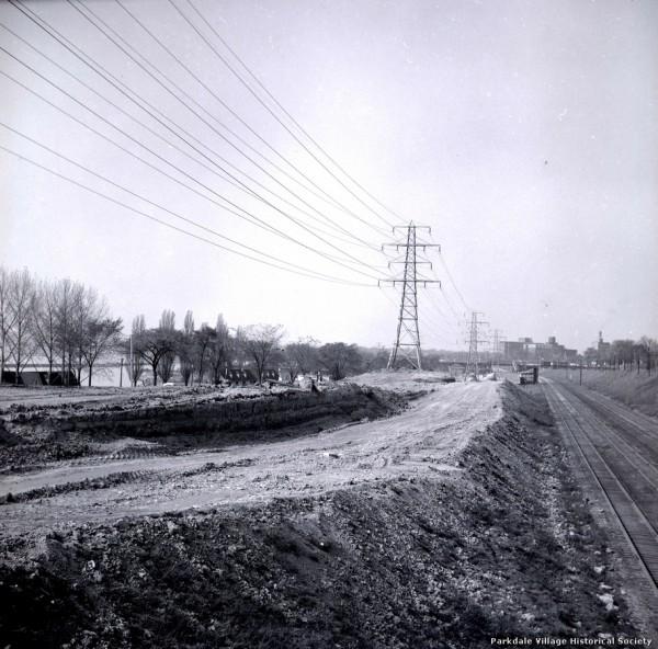 1957 westward. Bulivard on left_tn