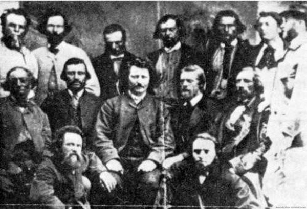 1885 a Louis Riel Government attempts negotiations with Canada .